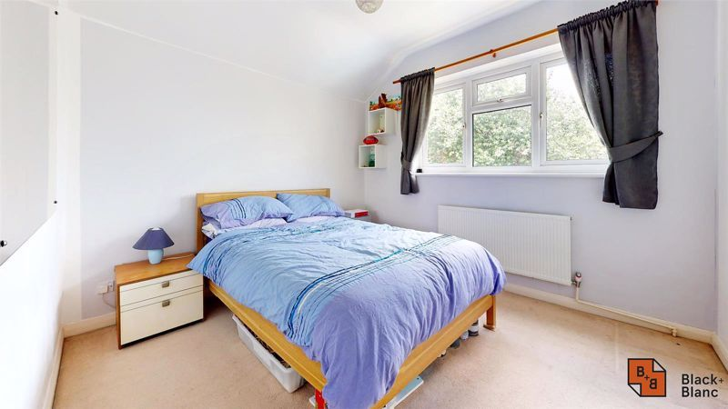 3 bed house for sale in Alexandra Road 12