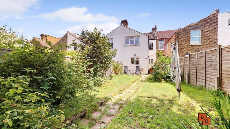 3 bed house for sale in Alexandra Road 15