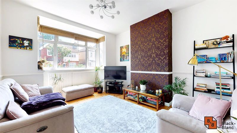 3 bed house for sale in Alexandra Road 4