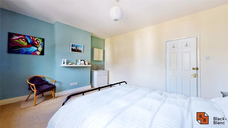 3 bed house for sale in Alexandra Road 9