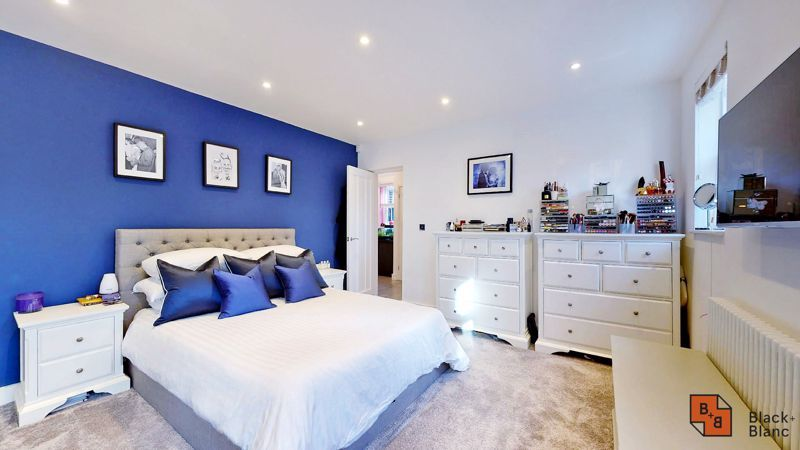 2 bed flat for sale in Outram Road  - Property Image 7