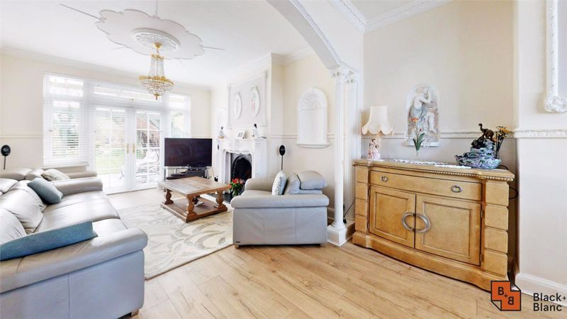 3 bed house for sale in Village Way 2