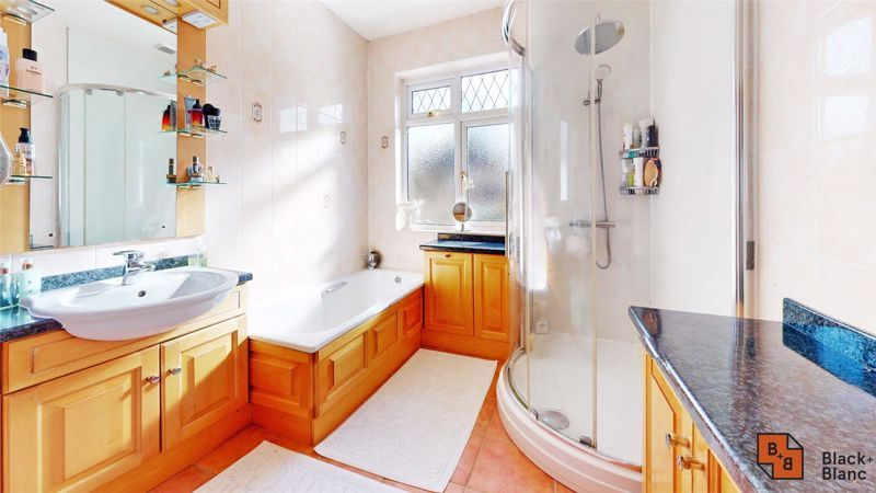 3 bed house for sale in Village Way 12