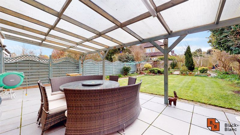 3 bed house for sale in Village Way  - Property Image 17