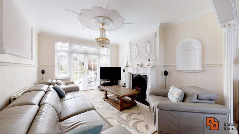 3 bed house for sale in Village Way 3