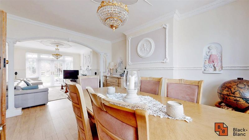 3 bed house for sale in Village Way 4