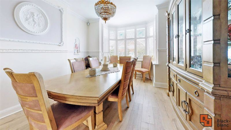 3 bed house for sale in Village Way 5