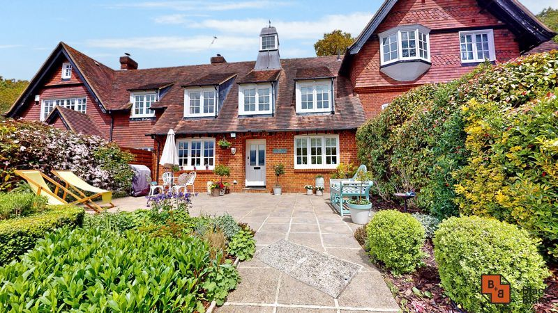 3 bed house for sale in Baston Manor Road, BR2
