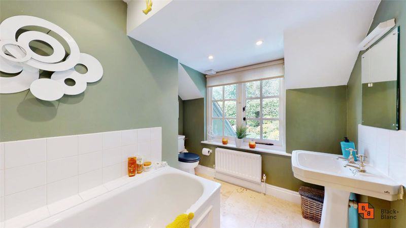 3 bed house for sale in Baston Manor Road 16