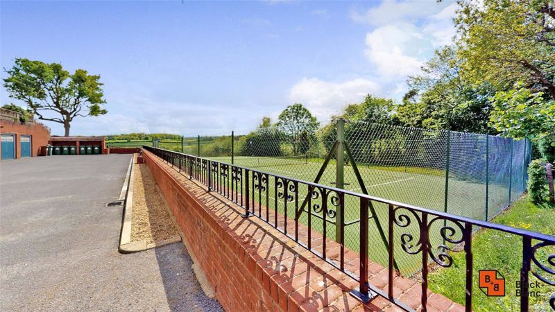 3 bed house for sale in Baston Manor Road 20