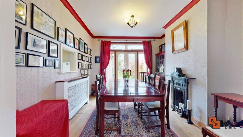 4 bed house for sale in Tower View  - Property Image 4