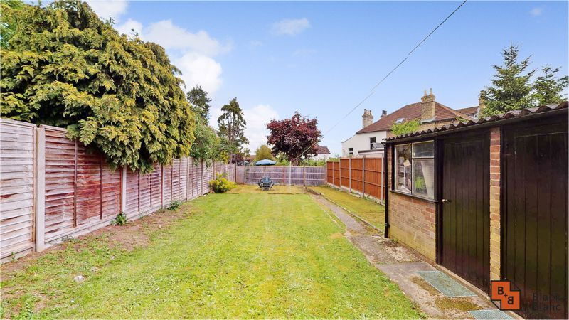 3 bed house for sale in Lancaster Road 6