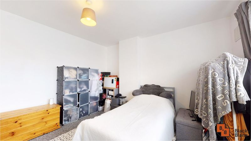 3 bed house for sale in Lancaster Road 8