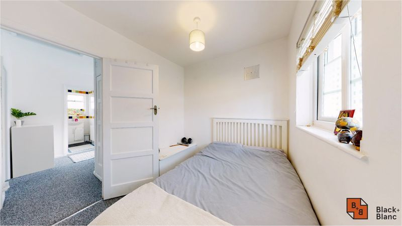 3 bed house for sale in Lancaster Road 10