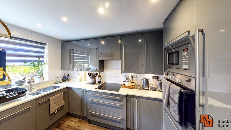 2 bed house for sale in St. Lukes Close  - Property Image 6