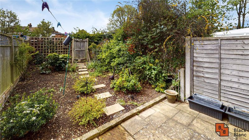 2 bed house for sale in St. Lukes Close  - Property Image 8