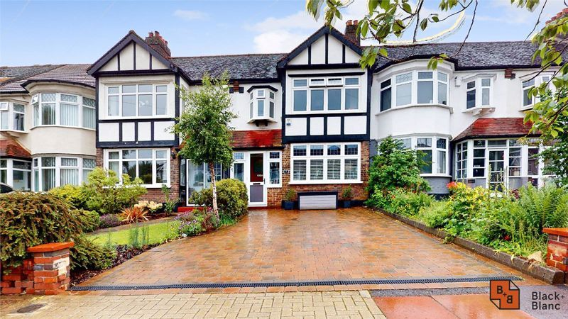 3 bed house for sale in Silver Lane - Property Image 1