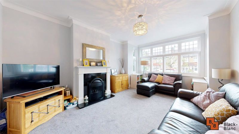 3 bed house for sale in Silver Lane 2