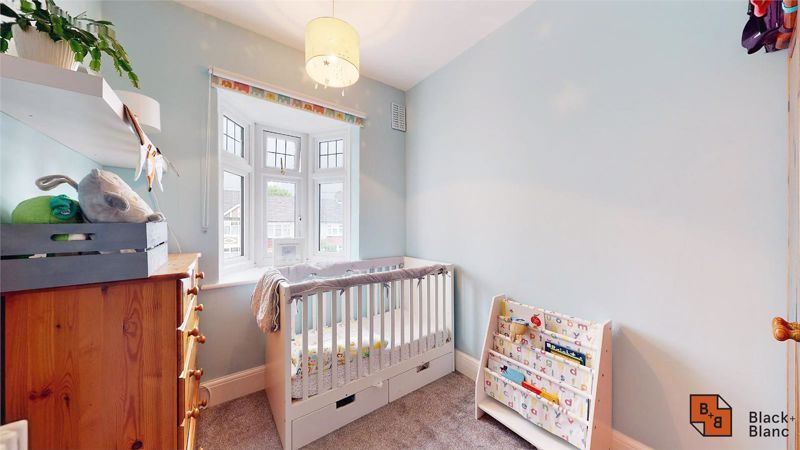 3 bed house for sale in Silver Lane 11