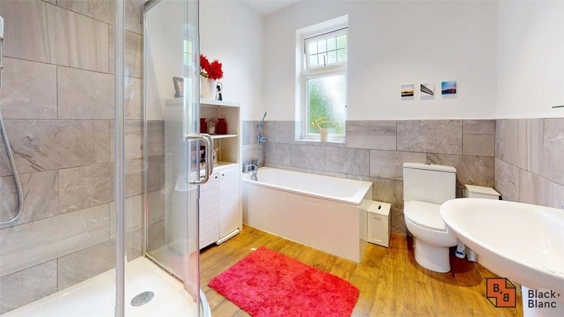 3 bed house for sale in Silver Lane 12