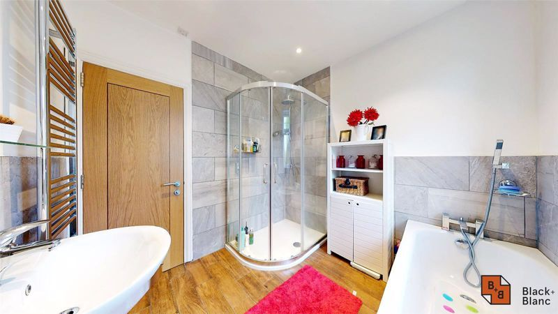 3 bed house for sale in Silver Lane 13