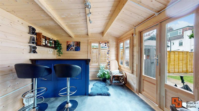 3 bed house for sale in Silver Lane 15