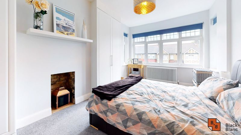 3 bed house for sale in Silver Lane 9