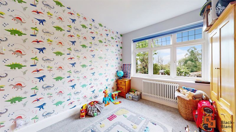 3 bed house for sale in Silver Lane 10
