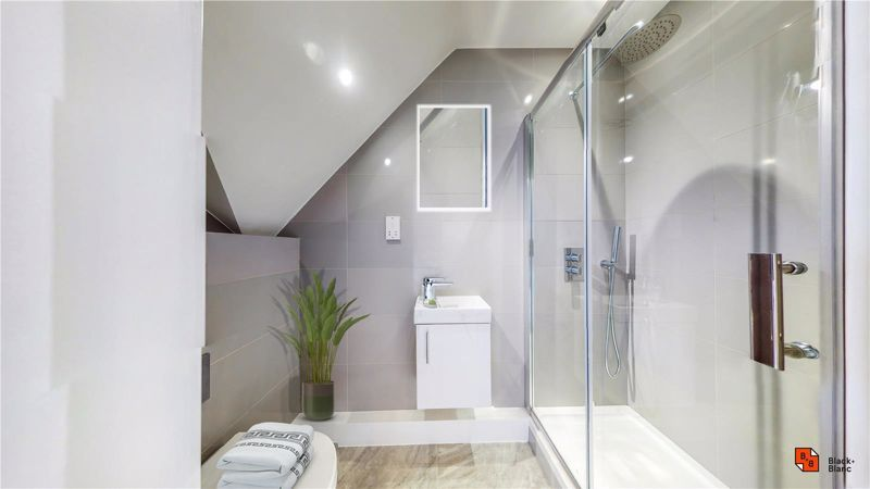 2 bed flat for sale in Godstone Road  - Property Image 9