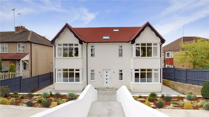 2 bed flat for sale in Godstone Road, CR3