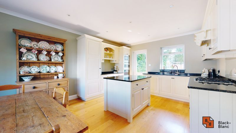 3 bed house for sale in Ash Grove 2