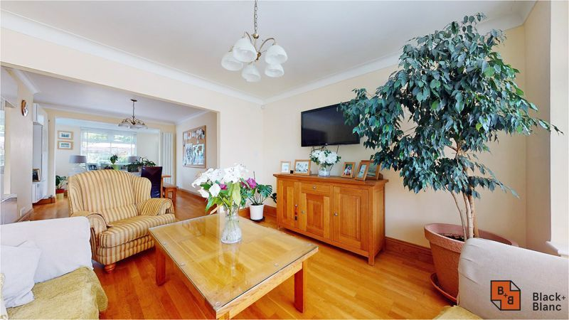 5 bed house for sale in Manor Road, BR4