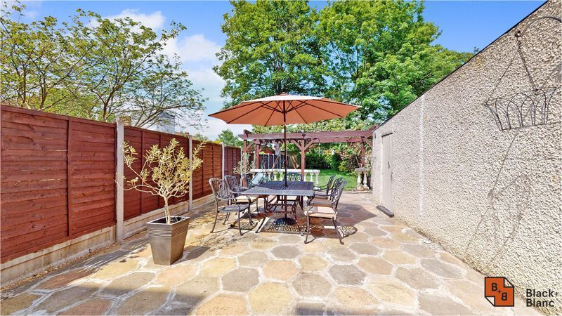 5 bed house for sale in Manor Road  - Property Image 19