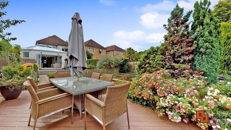 3 bed house for sale in Graham Close 14