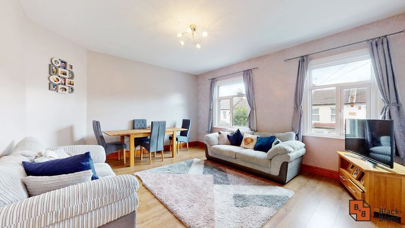 1 bed flat for sale in Davidson Road, CR0