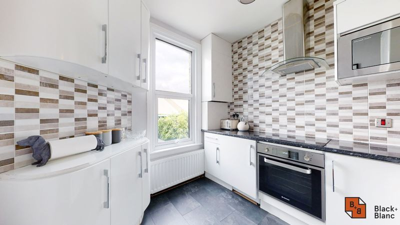 1 bed flat for sale in Davidson Road 4