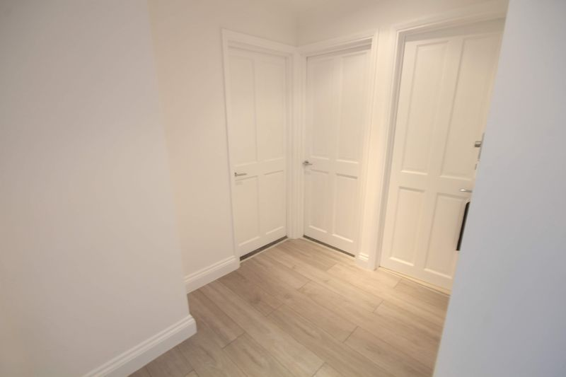 2 bed flat to rent in 1 Bedford Place 12