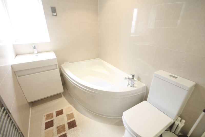 2 bed flat to rent in 1 Bedford Place 7