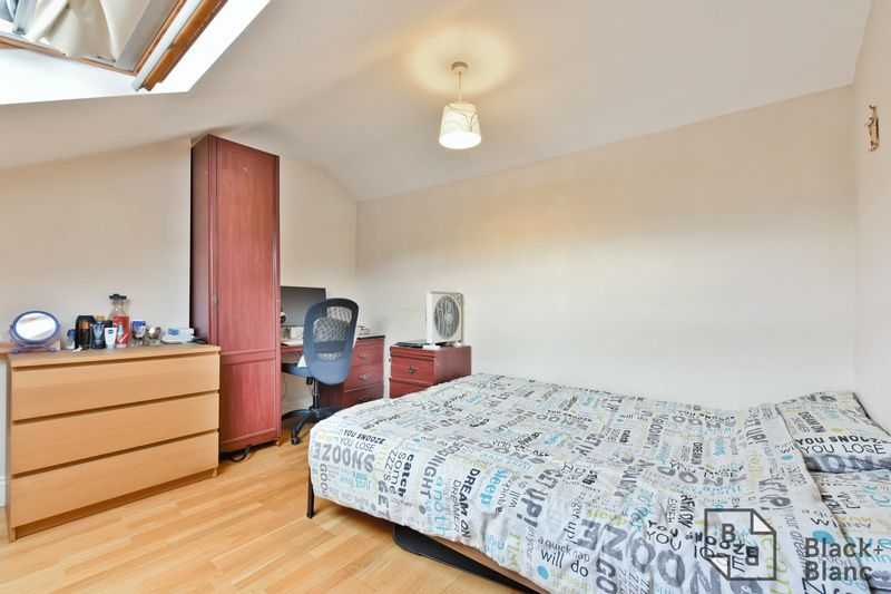 2 bed flat for sale in 6 Dafforne Road  - Property Image 6