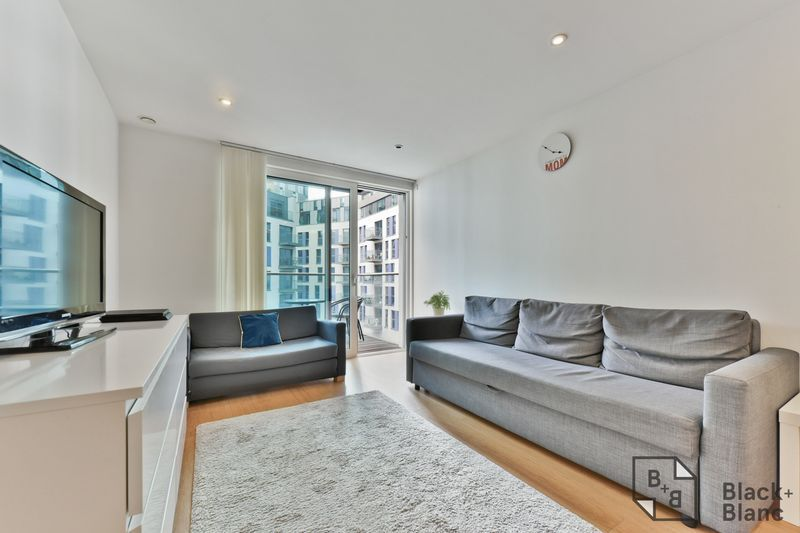 2 bed flat for sale in Saffron Central Square  - Property Image 2