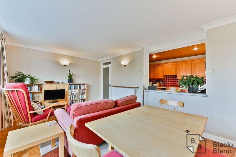 2 bed flat for sale in Canning Road  - Property Image 2