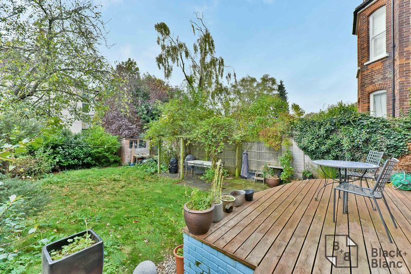 1 bed flat for sale in Chatsworth Road  - Property Image 9