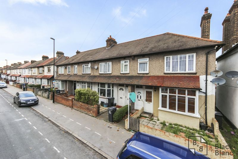 1 bed flat for sale in Davidson Road - Property Image 1