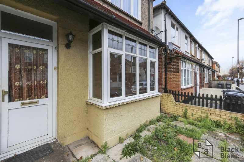 1 bed flat for sale in Davidson Road 10