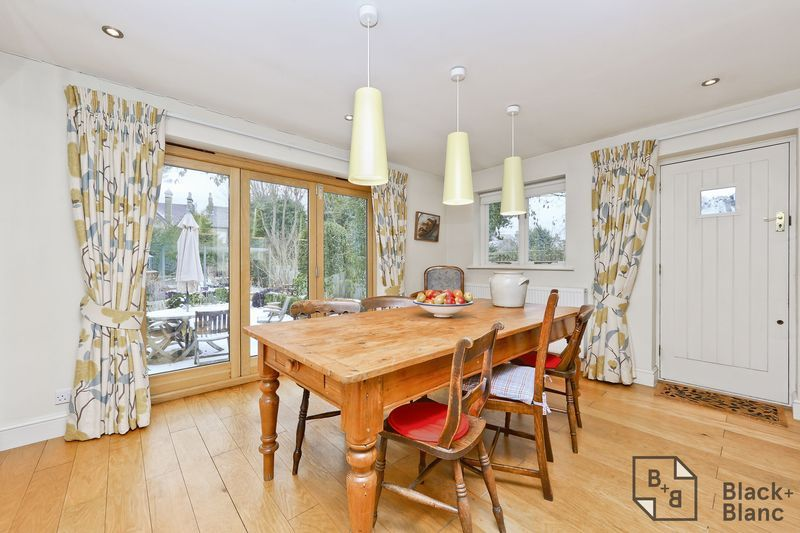 4 bed house for sale in Morland Avenue  - Property Image 10