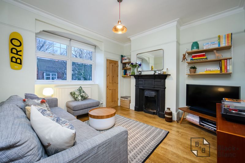 3 bed flat for sale in Vincent Road, CR0