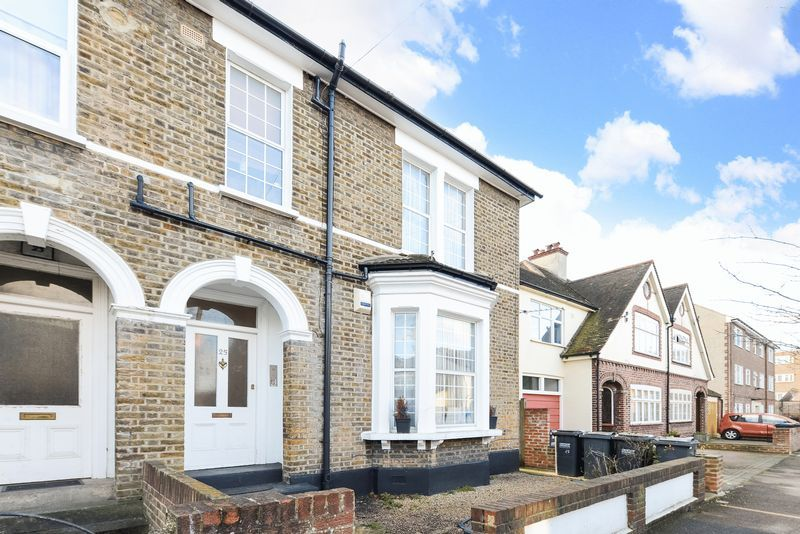 1 bed flat for sale in Clarence Road, CR0