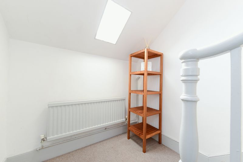 1 bed flat for sale in Clarence Road 2