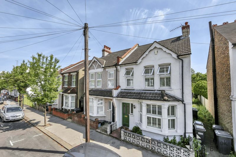 3 bed house for sale in Tunstall Road  - Property Image 1