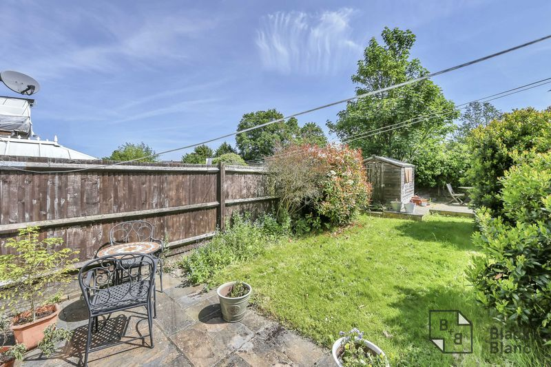 3 bed house for sale in Tunstall Road 9